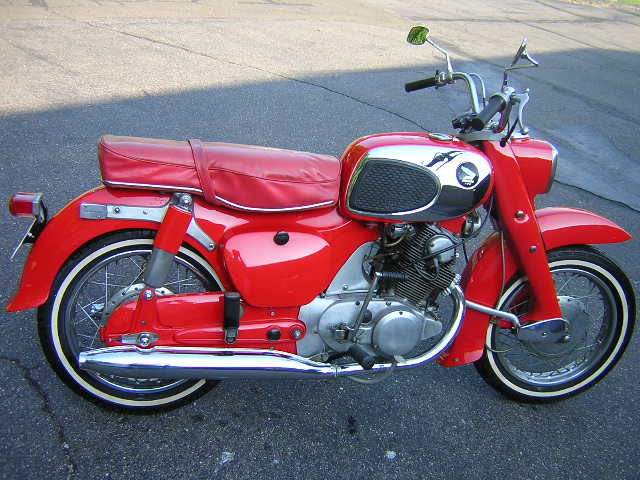 1966 Honda Dream CA77 305